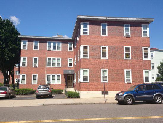 125 Farragut Rd APT 33, Boston, MA 02127