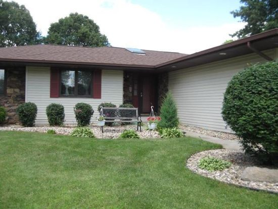 23635 Cedar Knoll Cir, Elkhart, IN 46516