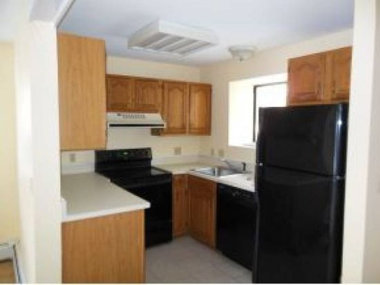21 Franklin Hts # 21, Rochester, NH 03867