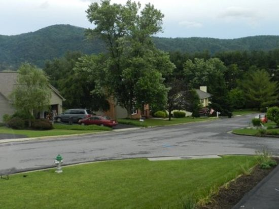 5113 Orchard Cir, Roanoke, VA 24019