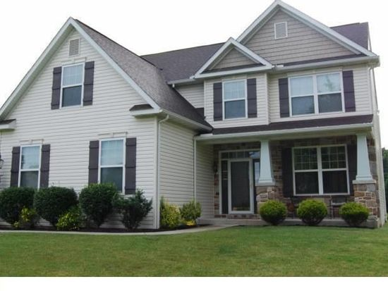 8 Bridge View Ct, Birdsboro, PA 19508