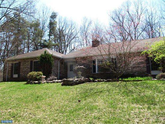 118 Whispering Pines Ln, Birdsboro, PA 19508