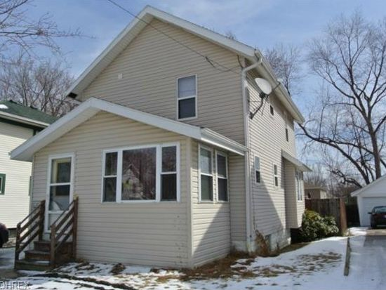 927 Ada St, Akron, OH 44306