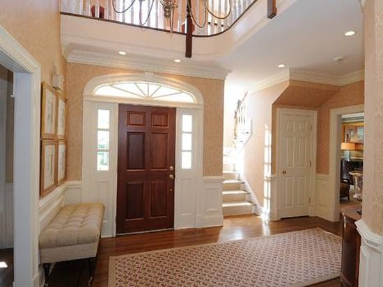 30 Twin Pond Ln, New Canaan, CT 06840