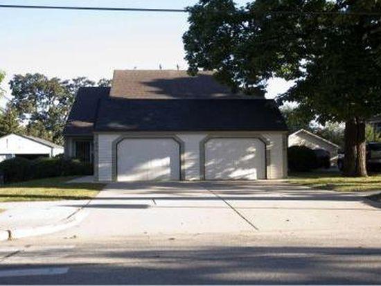 140 W Lincoln Ave, Barrington, IL 60010