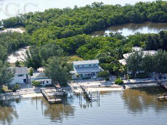 1826 Woodring Rd, Sanibel, FL 33957