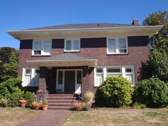 5740 36th Ave NE, Seattle, WA 98105