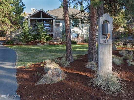 1961 NW Perspective Dr, Bend, OR 97701