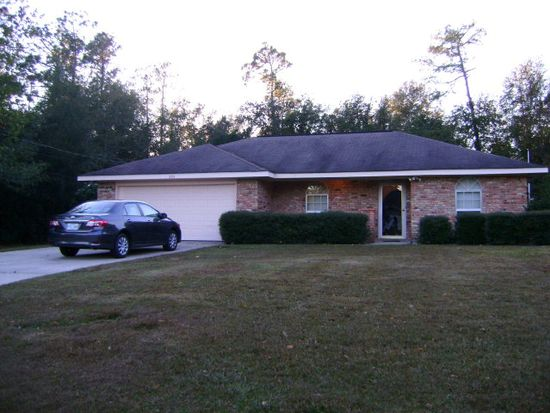 204 Country Club Dr, Picayune, MS 39466