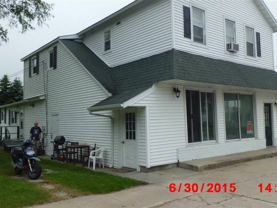 902 Forest Ave, Frankfort, MI 49635