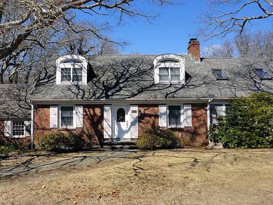 427 Sippewissett Rd, Falmouth, MA 02540