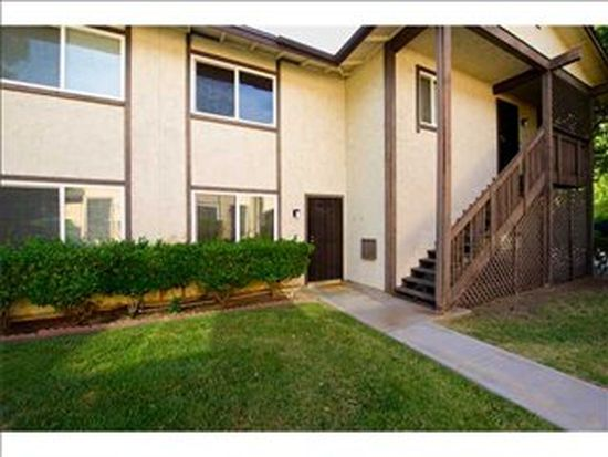 10332 Restful Ct, Santee, CA 92071