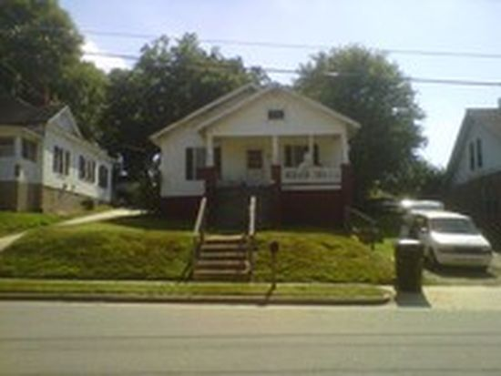 611 Acorn St, Burlington, NC 27215