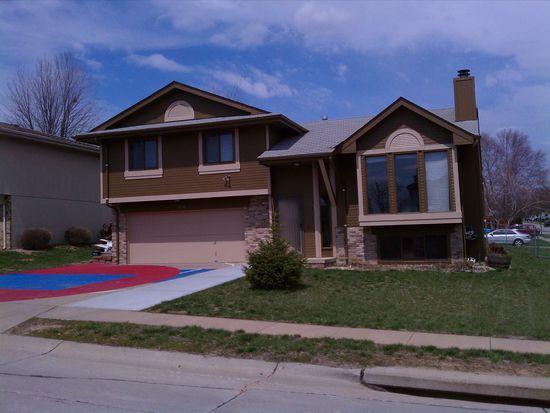 13704 Chandler St, Omaha, NE 68138
