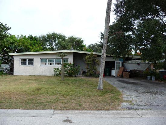 946 Santa Cruz Rd, Cocoa Beach, FL 32931