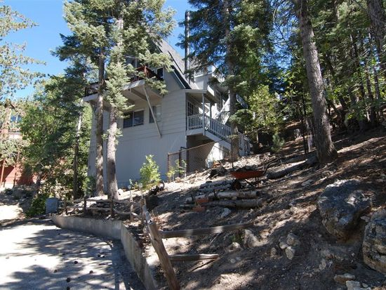 520 Pioneer Rd, Lake Arrowhead, CA 92352