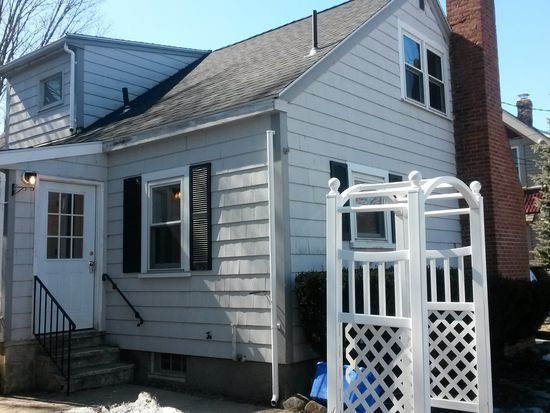 16 Myrtle St, Beverly, MA 01915