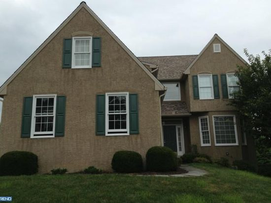 923 Merrit Cir, West Chester, PA 19380