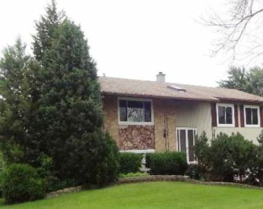 1495 Armstrong Ln, Elk Grove Village, IL 60007