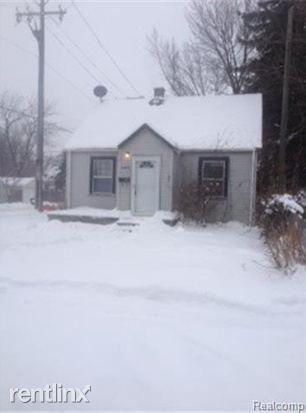 6828 Meadow Ave, Warren, MI 48091