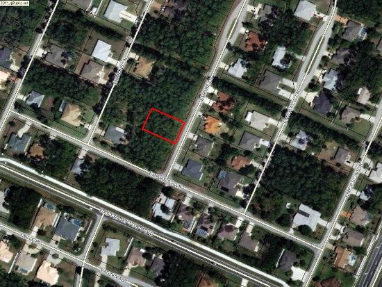 3 Empire Ln, Palm Coast, FL 32164