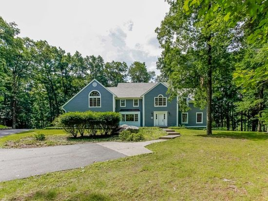 200 Salmons Hollow Rd, Brewster, NY 10509