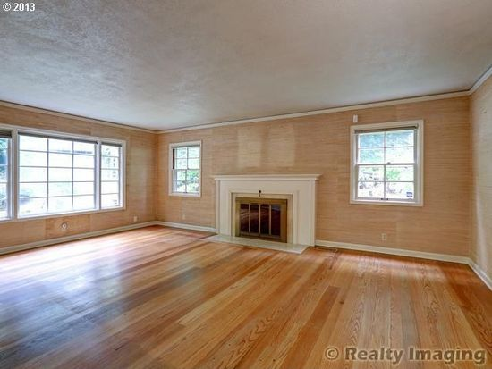 3105 SW Hampshire St, Portland, OR 97205
