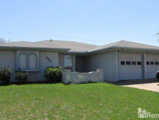 3937 Windhaven Rd, Fort Worth, TX 76133