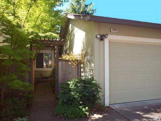1061 Wickfield Way, Santa Rosa, CA 95401