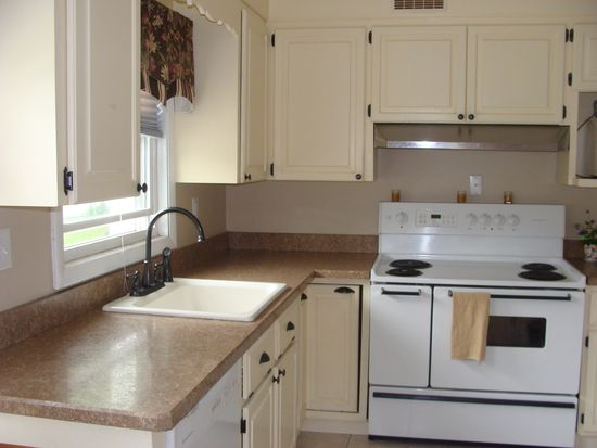 145 Central St, South Easton, MA 02375