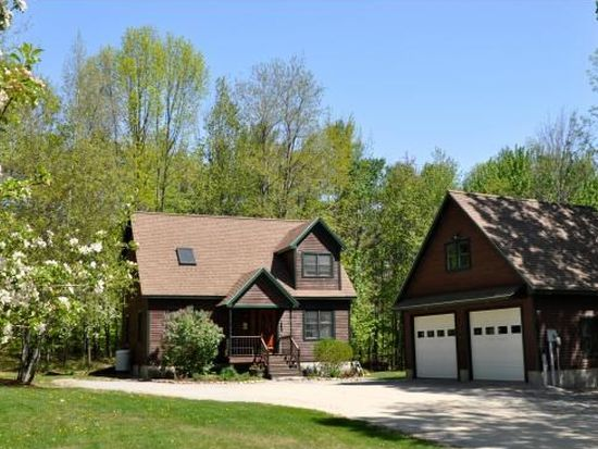 56 Stacy Hill Rd, Antrim, NH 03440