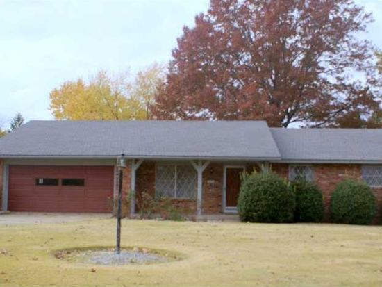 506 S 11th Pl, Rogers, AR 72756