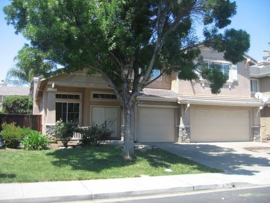 875 Blossom Dr, Brentwood, CA 94513