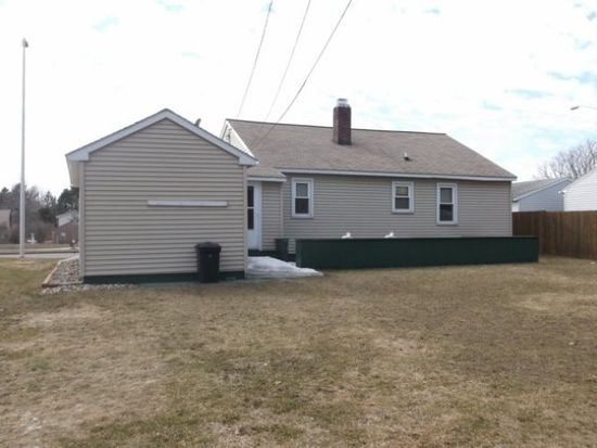 915 S 17th Ave, Wausau, WI 54401