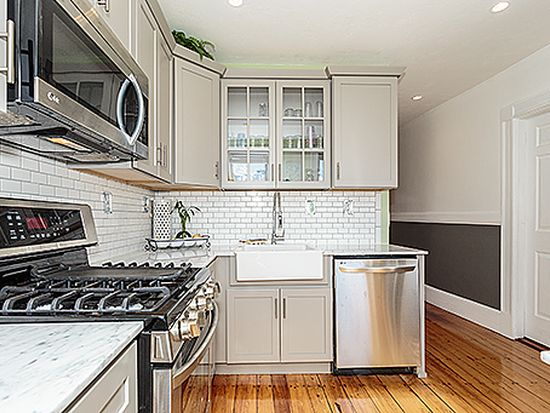 595 E 4th St UNIT 3, South Boston, MA 02127