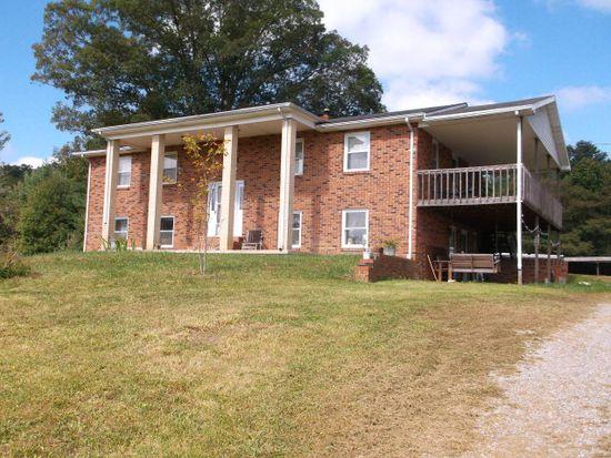 523 Farmhouse Dr, Rock, WV 24747