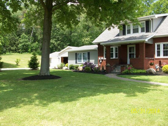 14735 New Buffalo Rd, Columbiana, OH 44408