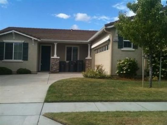 2416 Sandpiper Ln, West Sacramento, CA 95691