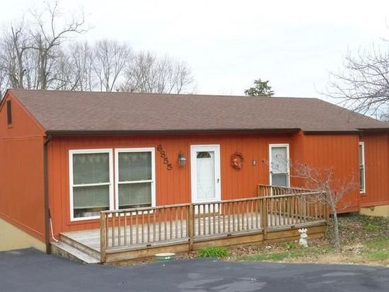 6855 Autumn Wood Ln, Roanoke, VA 24019