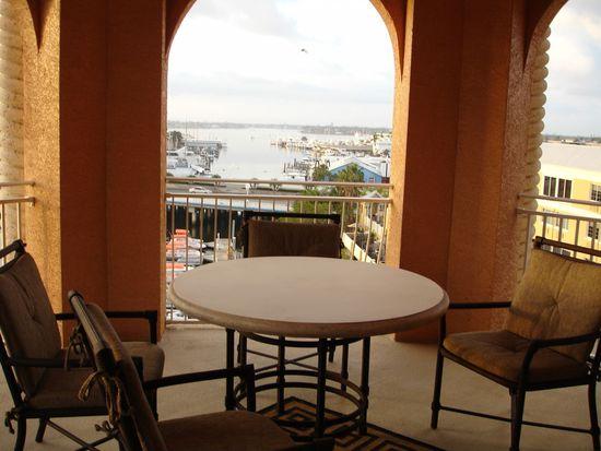 450 Bayfront Pl APT 4507, Naples, FL 34102