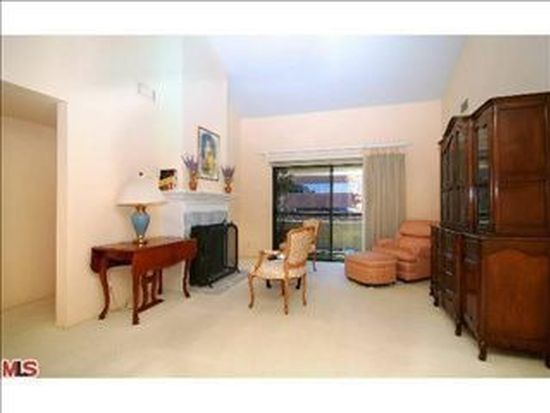 21650 Burbank Blvd UNIT 306, Woodland Hills, CA 91367