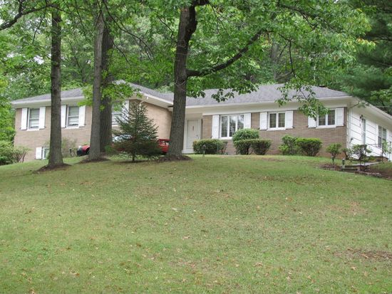 101 Far Brook Dr, Short Hills, NJ 07078