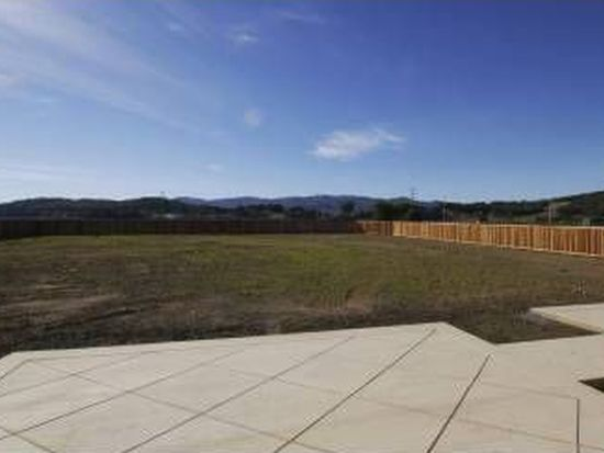 454 School Rd, Novato, CA 94945