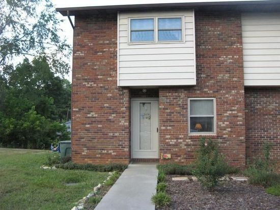 114 Colt Ln APT 7, Johnson City, TN 37601