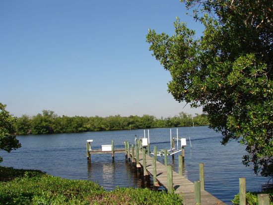 6941 Deep Lagoon Ln, Fort Myers, FL 33919