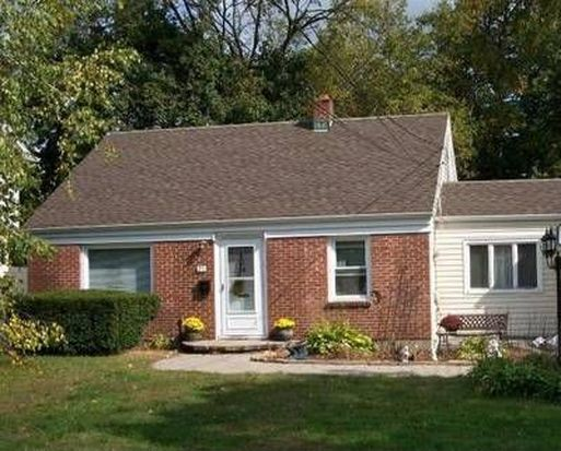 25 Village Rd, Pompton Plains, NJ 07444