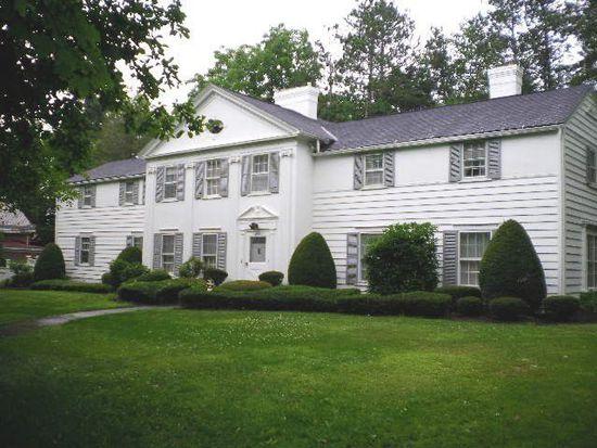 435 Chestnut St, Meadville, PA 16335