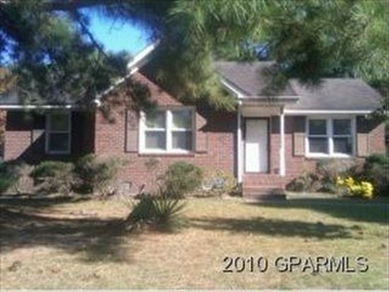 206 Burrington Rd, Greenville, NC 27834