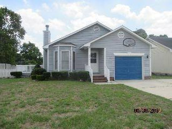 3817 Constance Rd, Hope Mills, NC 28348