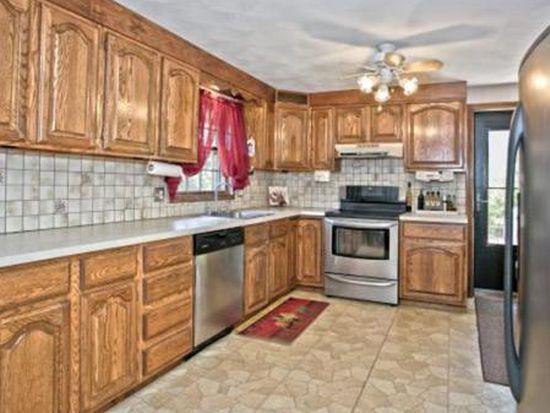 17 Rutledge Rd, Peabody, MA 01960